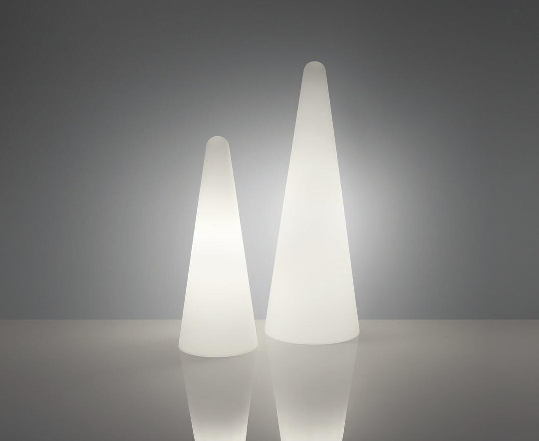 lampa podea minimalista