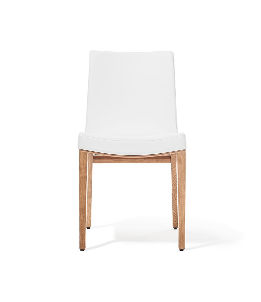 scaun tapitat cu piele