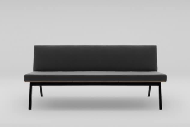 canapea neagra