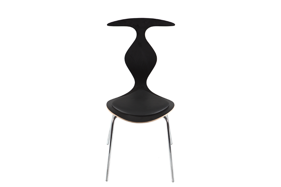 scaun negru placaj