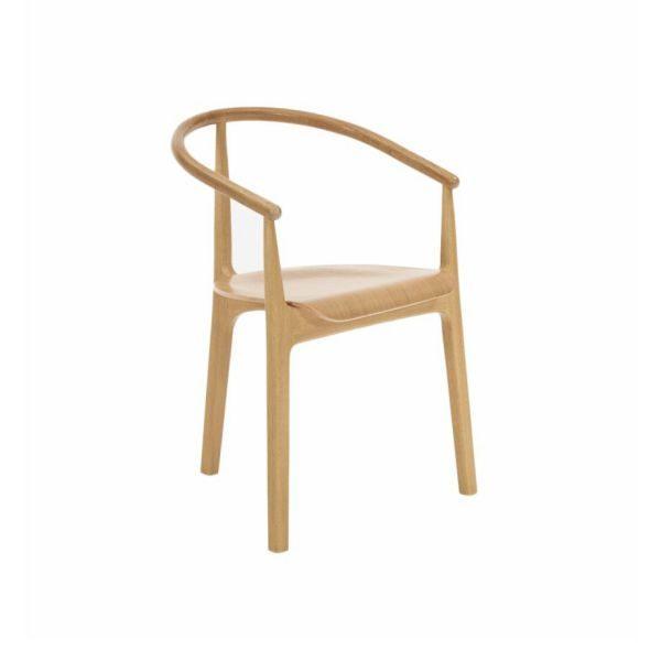 scaun cu 3 picioare