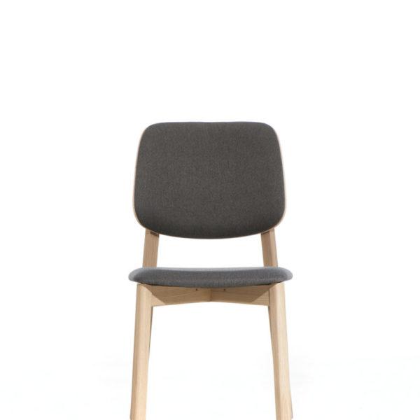 scaun din stejar